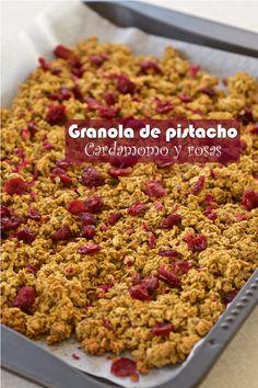 Granola de pistacho, cardamomo y Rosas – Tarthélémy Sin Gluten, Sans Gluten Vegan, Granola, Rose, Cereal, Breakfast, Cook, Recipes, Spice