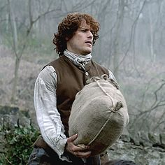 Sam Heughan as hardworking Jamie Fraser on the road collecting rent for Clan MacKenzie | Outlander S1E5 'Rent' on Starz | Costume Designer TERRY DRESBACH