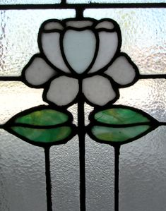 Pair Of Arts & Crafts Windows - Wooden Nickel Antiques Hanging Stained Glass, Stained Glass Panels, Stained Glass Projects, Stained Glass Patterns, Stained Glass Art, Mosaic Glass, Glass Houses, Mosaics, Floral Design