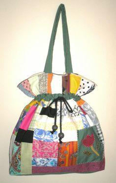 Bolsa de patchwork por Lu Buluka.