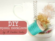 A Creative Cookie: DIY Spool Necklace.I like this as a keychain instead :o) Wooden Spools, Do It Yourself Crafts, Thread Spools, Crafty Craft, Crafting, Vintage Diy, Diy Accessories, Jewelry Crafts, Jewelry Ideas