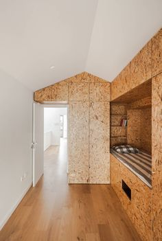 Light and airy OSB interior by Floret Arquitectura