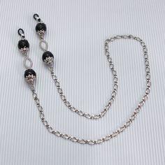 Diy Jewelry, Handmade Jewelry, Jewelry Making, Lanyards, Moda Fashion, Eye Glasses, Eyewear, Beaded Necklace, Eyeglass Holder Stand