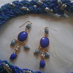 Nwt Chic earrings New never worn. Just plain ole pretty. Don't miss out. 3 inches Jewelry Earrings