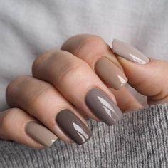 These colors # makeupyourmindno # nails # gray # brown # ombre # vinylux , Diese Farben # makeupyourmindno # Nägel # grau # braun # ombre # vinylux . Nude Nails, Pink Nails, Gel Nails, Color Nails, Glitter Nails, Acrylic Nails, Fall Nail Colors, Holographic Glitter, Toenails