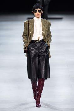 Celine Fall 2019 Ready-to-Wear Fashion Show - Vogue Fashion Mode, Vogue Fashion, Paris Fashion, Runway Fashion, High Fashion, Fashion Outfits, Womens Fashion, Fashion Trends, Celine