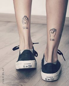 74 Tiny Unique Foot Tattoo Art Design For Woman To Try Your First Tattoo -, , Tattoos Piercings, Mini Tattoos, Tiny Foot Tattoos, Dog Tattoos, Animal Tattoos, Body Art Tattoos, Sleeve Tattoos, Tattoos For Guys, Lion Tattoo, Tattoo Art