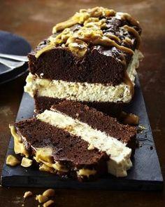 Das Rezept für Schokoladen-Erdnuss-Kuchen und weitere kostenlose Rezepte auf LECKER.de