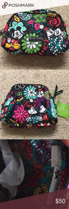 NWT Vera Bradley & Disney collaboration makeup bag Feminine Vera Bradley flower design with Minnie & Mickey Mouse. Cute quilted Vera Bradley cosmetic bag. Vera Bradley Bags Cosmetic Bags & Cases