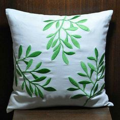 Couch Pillows 419257046545079137 - Pillow Cover Decorative Pillow Throw Pillow White by KainKain Source by sophiepeschler Diy Pillow Covers, Diy Pillows, Linen Pillows, Cushions, Couch Pillows, Cushion Embroidery, Diy Embroidery, Floral Couch, Embroidered Bedding