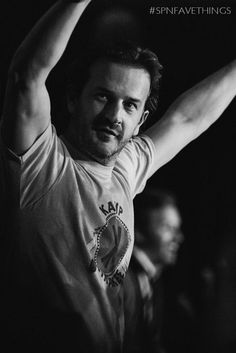 MonicaD @mfluder_42   .@dicksp8jr and his awesome hosting of SPN Cons #SPNFaveThings