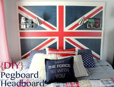 our fifth house: DIY - Union Jack Pegboard Headboard. I like the pegboard idea, not necessarily the Union Jack motif. Pegboard Headboard, Boy Room, Kids Room, Painted Pegboard, Diy Shows, Best Decor, Diy Headboards, Headboard Ideas, My Living Room