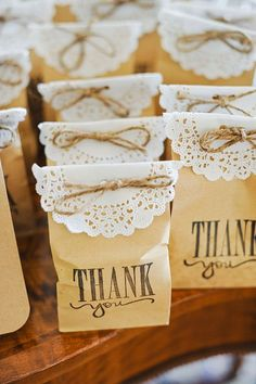 Shop for elegant wedding favor boxes, bags, and containers for giveaways to guests: Favor boxes and wedding favor bags for cake, candy, and collectibles.
