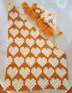 Crochet C2C hearts baby blanket