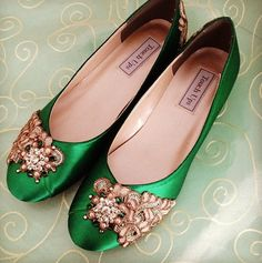 SALE Emerald Isle Shoe   Size 85 Ready to ship by BeholdenBridal, $100.00