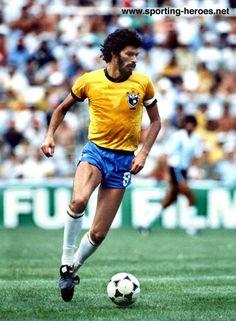 Socrates, Brasil (Botafogo, Corinthians, Fiorentina, Flamengo, Santos, Garforth Town, Brasil)