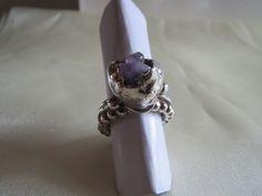 Fru Hera - Unikke håndlavet sølv ring med amtyste sten
