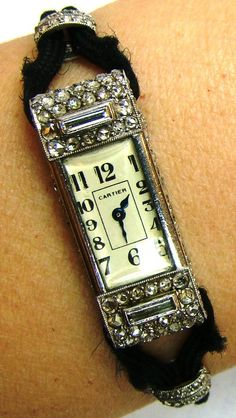 Cartier-vintage classic.  Would love to own this....ms