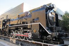 Right before the start of the Pacific War, in 1936, the steam locomotive D-51 was put in production to beef up Japan's logistics, preparing for the coming war. On the war footing,