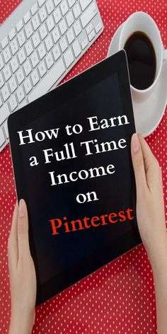 You can actually make a full time income on Pinterest! Make money from home / side hustle / work from home