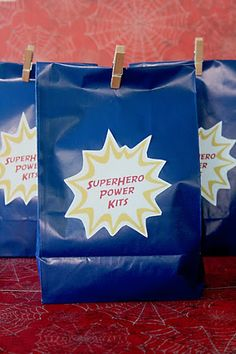 Superhero Goodie Bag - The kits were filled with: bat-a-rangs kyrtonite crystal sticks (glowsticks) spiderman wrist bands pop rocks superhero pez candy dispenser with candy iron man blower batman velvet poster Superhero School Theme, Superhero Teacher, Superhero Birthday Party, School Themes, Classroom Themes, Superhero Ideas, Superhero Gifts, Classroom Design, Math Classroom