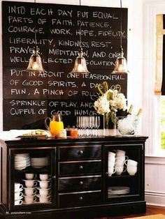 Coffee Bar Ideas - Looking for some coffee bar ideas? Here you'll find home coffee bar, DIY coffee bar, and kitchen coffee station. Coffee Station Kitchen, Coffee Bars In Kitchen, Coffee Bar Home, Home Coffee Stations, Coffee Blog, Coffee Corner, Coffee Farm, Chalkboard Writing, Kitchen Chalkboard