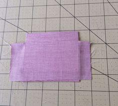 Depois de assistir o curso oferecido pela eduK + elo7da Claudia Wada, resolvi fazer um porta-cartões baseada no porta-passaportes que ela e...