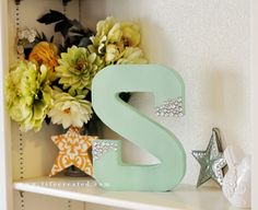 Friday Five: A few of our favorite DIY monogram letters | Craftistas