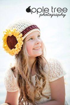 Crocheting: Sunflower Beanie