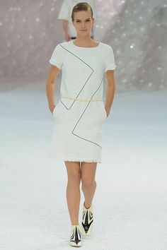 Chanel Spring 2012 RTW - Review - Vogue
