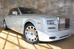 Rolls-Royce Phantom Sedan Photo