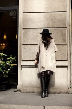 Tuesday, 100% cashmere cape, made in Italy, BARBARA LOHMANN AW14