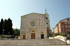 Abruzzo - Il santuario di Manoppello (PE)