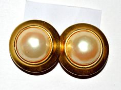 Clip on Earrings Alien Spacecraft Women Jewelries Unique Gift Vintage #ER1 44 by eventsmatters on Etsy