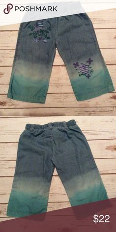 """Naartjie Girls Size 4T Blue Jean Dip Dyed Capris Naartjie Girls Size 4T Multi Color Blues Dip Dyed Jean Capris. Material is a lightweight 100% Cotton. Machine Wash Cold. Embroidered Fruit and Flowers. """"Love Yum"""" and """"Fruity"""" embroidered in Green.  """"Naartjie"""" embroidered in Lilac. naartjie Bottoms Jeans"""
