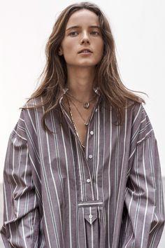 ¨¦toile Isabel Marant Fall 2020 Ready-to-Wear Fashion Show - Vogue Milan Fashion Weeks, New York Fashion, Fashion News, London Fashion, Fall Fashion, Stockholm Street Style, Paris Street, Love Clothing, Estilo Boho