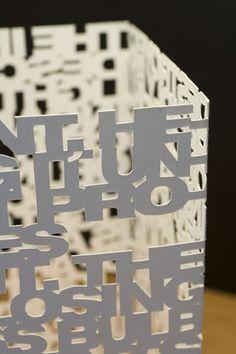 """Lampara Typo papercut """"El renacimiento de la tipografia"""""""