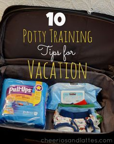 10 Potty Training Tips for Vacation #huggiespullups #pottytrainingtips #pottytraining