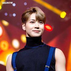 Taemin, 171103 Shinee Albums, Shinee Taemin, The Dark Crystal, Korean Group, Kid Names, Pretty Boys, Boy Groups, Dancer, Kpop