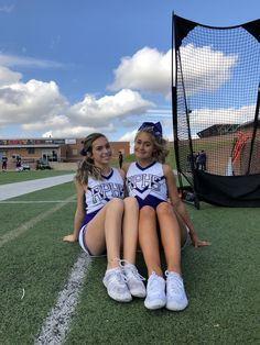 Cheer Abs, Cheer Dance, Team Cheer, Cheer Picture Poses, Cheer Poses, Cheer Outfits, Cheerleading Outfits, Cheerleading Stunting, Cheer Team Pictures