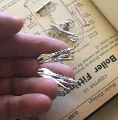 Vintage Cufflinks Miniature Vise Grip Wrench Cufflinks And Tie Tack Vintage Mens Cufflinks Steampunk Cufflinks Craftsman Tools Steampunk Cuff Links Silver Plated Metal Cufflinks & Tie Tack - We Only have 1 Pair of these! Mens Vintage Cufflinks Antique Wrench Cufflinks Tie Tack