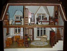 The Glencroft Dollhouse by Greenleaf   Greenleaf Glencroft Dollhouse