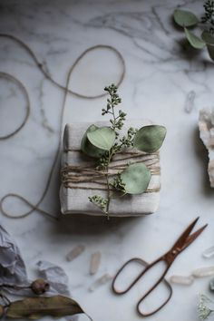https://flic.kr/p/qwuTLH | diy muslin gift wrapping