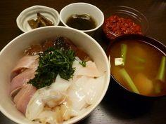 ハマチ、カツオ、イカ。 - 8件のもぐもぐ - 海鮮丼 by rarahappy
