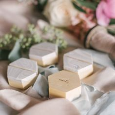 @kaylafphoto thank you so much for the gorgeous styling and photo of our marbleized place card holders!!  Love ya!! #esselle #tabletopcollective