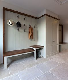 I like the random in this - Contemporary barn conversion, Cotswolds, UK. Interior Exterior, Home Interior Design, Kitchen Interior, Ideas Cabaña, Room Ideas, Decor Ideas, Tile Ideas, Barn Conversion Interiors, Barn Conversion Kitchen