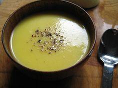 GF Vegetarian Paleo Primal   Curry Caulifower Soup Recipe
