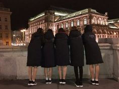with our lovely manager ♡ Pretty Korean Girls, Cute Korean Girl, Ulzzang Korean Girl, Ulzzang Couple, Best Friend Pictures, Bff Pictures, Korean Best Friends, Elegant Ball Gowns, Fake Girls