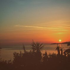 Amazing #sunset, #AgiosStefanos #Corfu  Photo credits: @matejsadilek