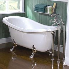 A clawfoot tub is stylish like few other furniture pieces. If you're looking for a clawfoot bathtub, then Costco has a couple of gorgeous models. Claw Bathtub, Claw Foot Bath, Clawfoot Tubs, Freestanding Bathtub, Bathtub Remodel, Jetted Tub, Jacuzzi Tub, Soaker Tub, My Dream Home